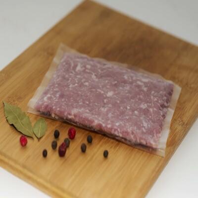 Atdzesēta teļa maltās gaļas masa BIO